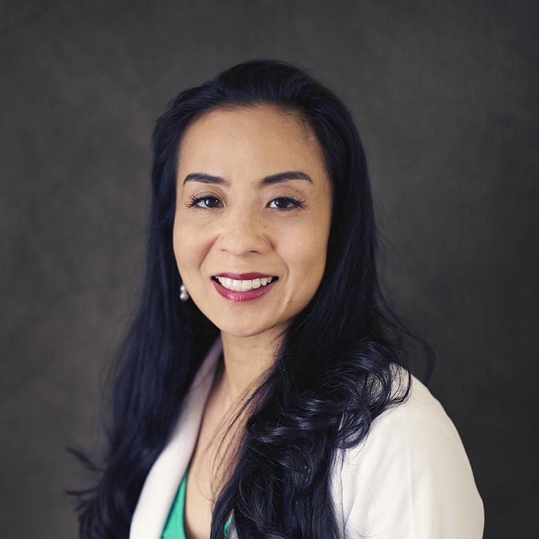 Dr. Lee Nunez
